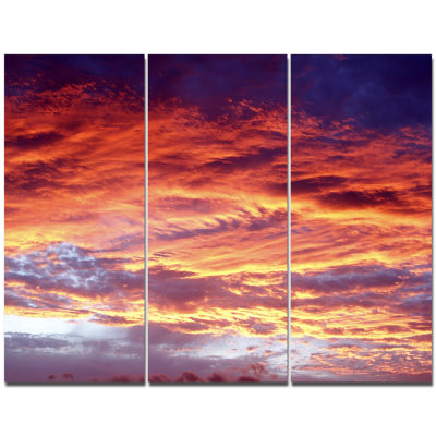 Designart Colorful Sunset Skies With Clouds ExtraLarge Wall Art Landscape