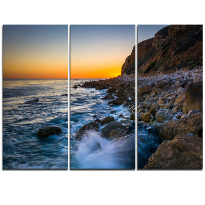 Designart Crashing Waves At Pelican Cove SeascapeTriptych Canvas Art Print
