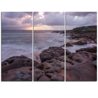 Designart Dark Australian Seashore With Large Rocks Large Seashore Triptych Canvas Print