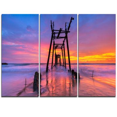 Designart Discarded Wooden Bridge At Sunset PierSeascape Triptych Canvas Art Print