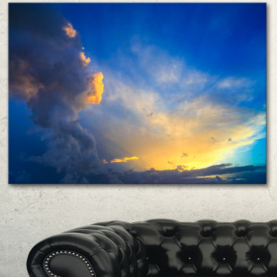 Designart Dramatic Sunset Sky With Thunderstorm Beach Photo Canvas Print - 3 Panels