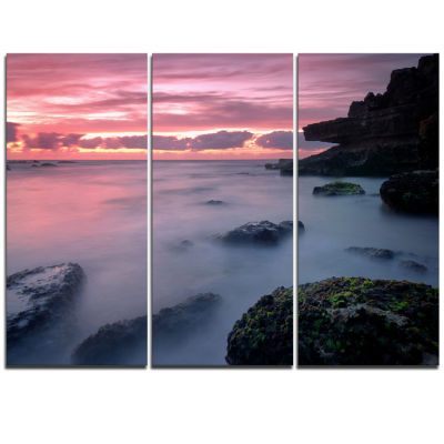 Designart Emerge From Water Samarra Beach SeashoreTriptych Canvas Art Print