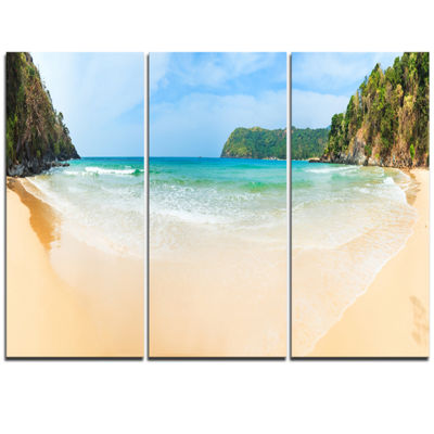 Designart Exotic Vacation Seashore Panorama ModernSeascape Triptych Canvas Artwork
