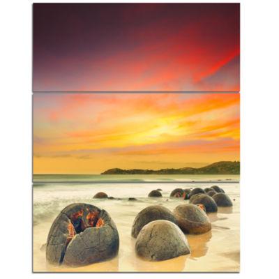 Designart Fantastic Moeraki Boulders View At Sunset Extra Large Seascape Art Triptych Canvas