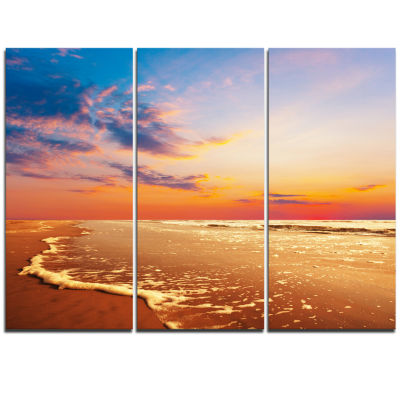 Designart Fascinating Beach With Flowing Waves Seashore Triptych Canvas Art Print
