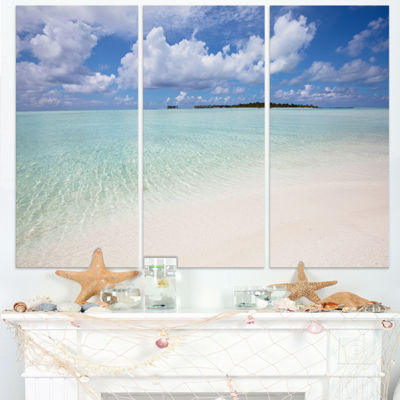 Designart Fascinating Maldives Empty Seashore Extra Large Seascape Art Triptych Canvas