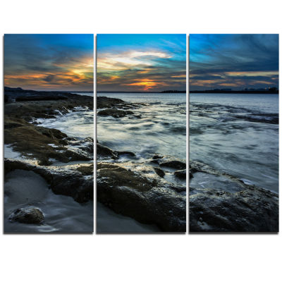 Designart Fascinating Sunset At Australia Coastline Large Seashore Triptych Canvas Print