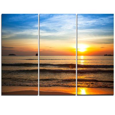 Designart Fascinating Sunset Over Clam Beach Modern Beach Triptych Canvas Art Print