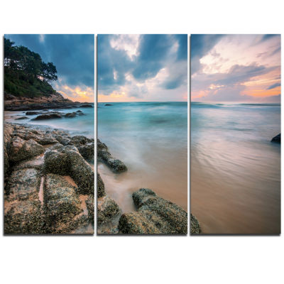 Designart Gloomy Tropical Sunset Beach Extra LargeSeascape Art Triptych Canvas