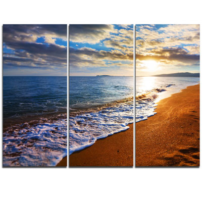 Designart Heavy Clouds Over Morning Beach Large Seashore Triptych Canvas Print
