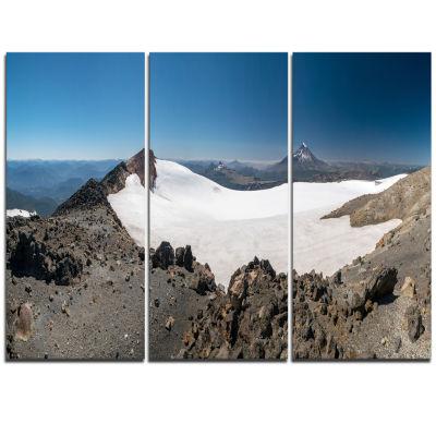 Designart Hiking To Vulkan Quetrupillan LandscapeTriptych Canvas Art Print