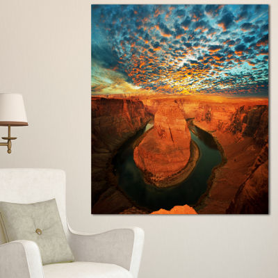 Designart Horse Shoe Bend Under Stormy Sky Oversized Landscape Canvas Art - 3 Panels