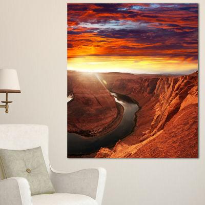 Designart Horse Shoe Bend Under Sunset Sky Extra Large Landscape Canvas Art - 3 Panels