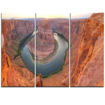 Designart Horseshoe Bend Arizona Panorama Landscape Triptych Canvas Art Print