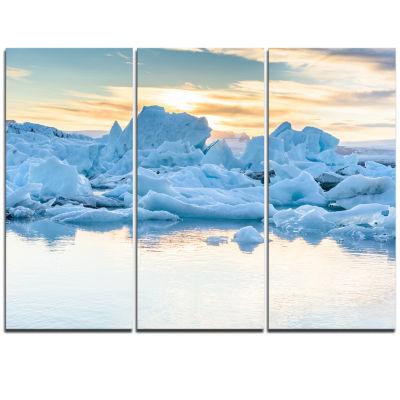 Designart Icebergs In Glacier Lagoon Seascape Triptych Canvas Art Print