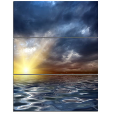 Designart Incredible View Of Typical Sunrise Seascape Triptych Canvas Art Print
