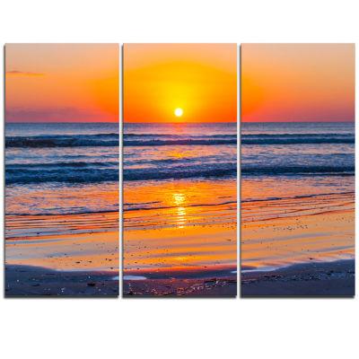 Designart Sandy Sea Beach In Early Morning Large Seashore Triptych Canvas Print
