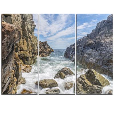 Designart Sea Waves Hitting Rocky Shore Modern Seascape Triptych Canvas Artwork