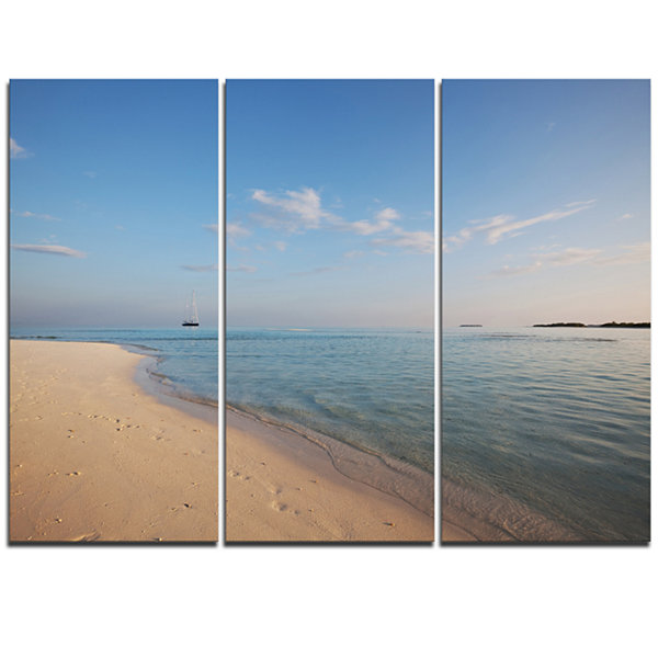 Designart Serene Maldives Beach With Plain Sky Extra Large Seascape Art Triptych Canvas