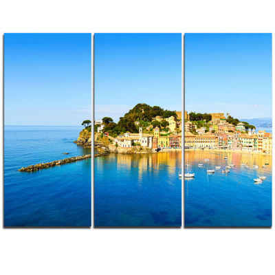 Designart Sestri Levante Silence Bay Sea Extra Large Seashore Triptych Canvas Art