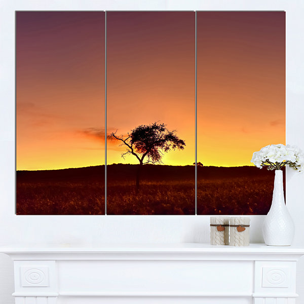 Designart Solitary Tree In Namib Desert African Landscape Canvas Art Print - 3 Panels