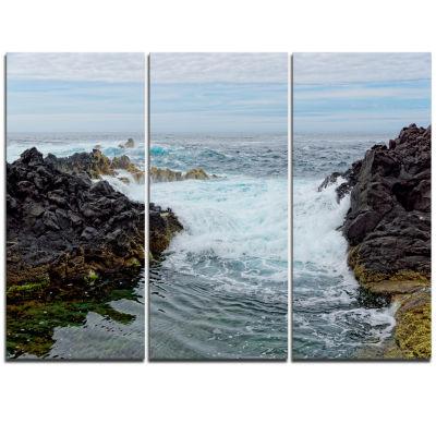 Designart Splashing Waters To Mossy Rock Extra Large Seashore Triptych Canvas Art