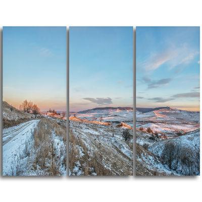 Designart Stavropol Region North Caucasus Landscape Print Wall Artwork