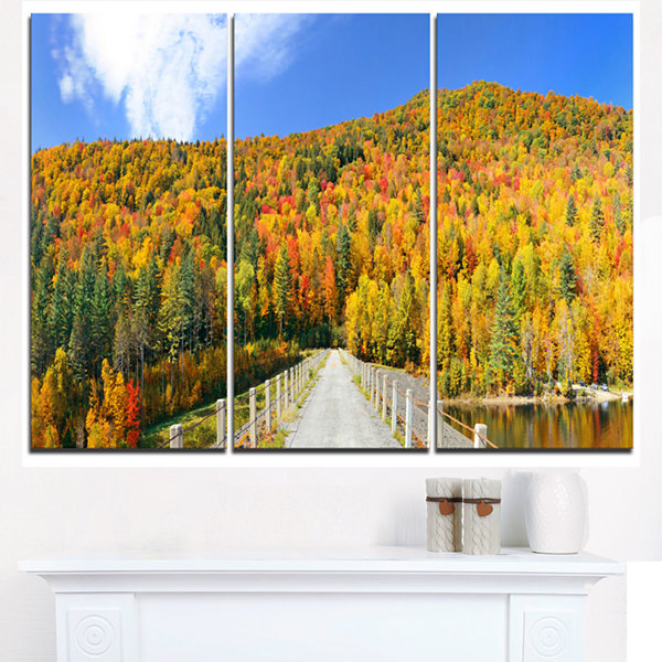 Designart Stowe Countryside View Panorama Landscape Triptych Canvas Art Print