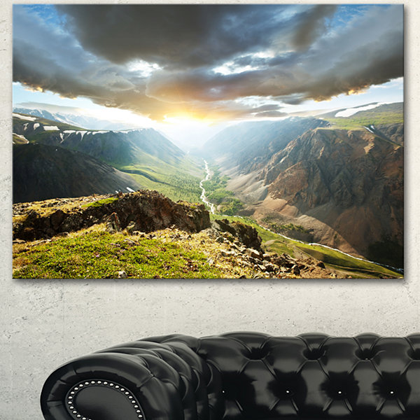 Designart Stunning View Of Sunset In Mountains Oversized Landscape Canvas Art - 3 Panels