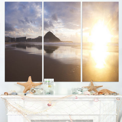 Designart Sunset At Donostia Beach Seascape Triptych Canvas Art Print
