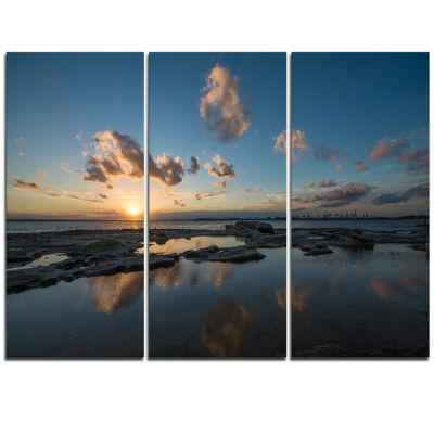Designart Sunset At La Perhouse Beach Seascape Triptych Canvas Art Print