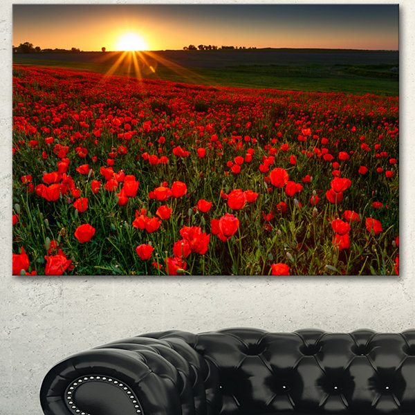Design Art Sunset Over Garden With Red Poppies Floral Canvas Art Print - 3 Panels