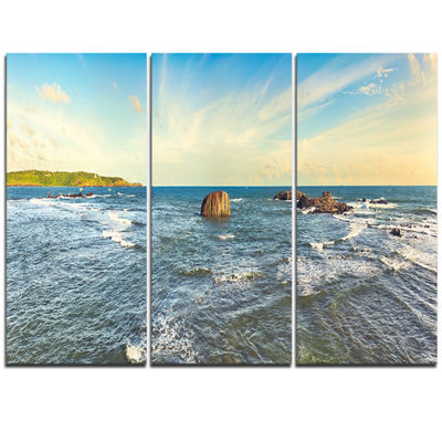 Designart The Indian Ocean Sea Panorama Modern Seascape Triptych Canvas Artwork