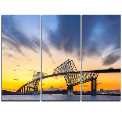 Designart Tokyo Gate Bridge Panorama Landscape Artwork Triptych Canvas