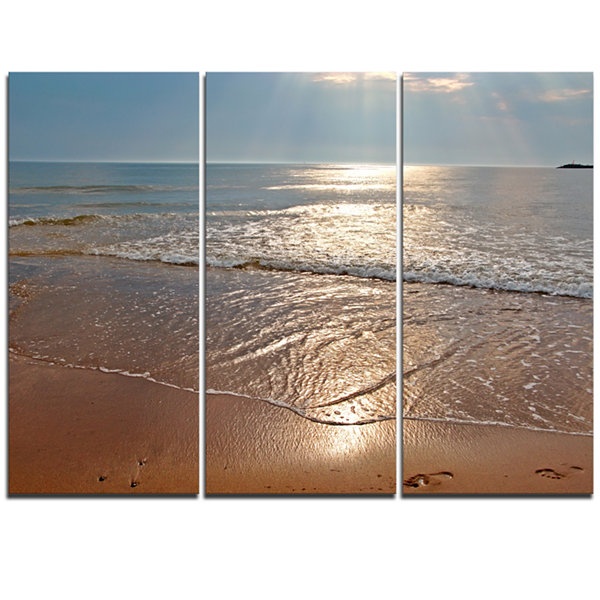 Designart Tranquil Seashore With Crystal Waters Seascape Triptych Canvas Art Print