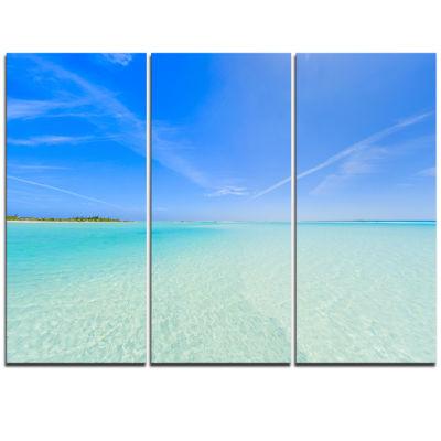 Designart Tropical Beach In Cayo Largo Island Modern Seascape Triptych Canvas Artwork