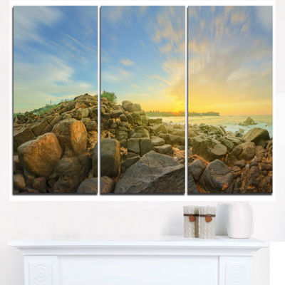 Designart Untouched Romantic Beach Of Sri Lanka Landscape Artwork Triptych Canvas