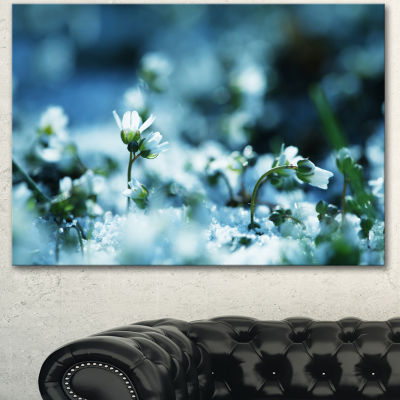 Designart White Flowers On Blue Background FloralCanvas Art Print - 3 Panels