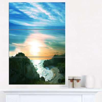 Designart White Waters Among Beach Hills Large Seashore Triptych Canvas Print