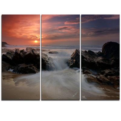 Designart White Waves Rushing Between Rocks Seashore Triptych Canvas Art Print