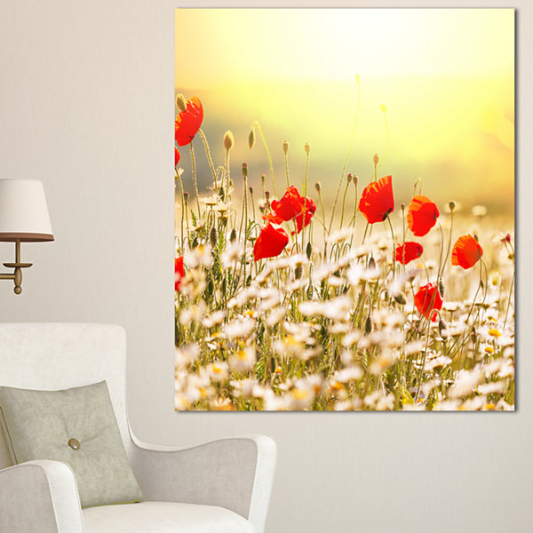 Designart Wild Meadow With Poppy Flowers Floral Canvas Art Print