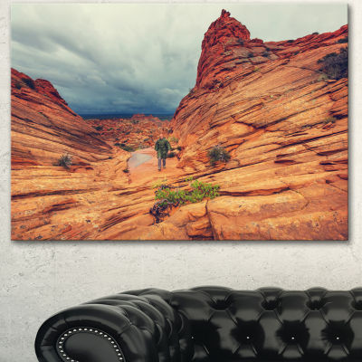Designart Wild Vermillion Cliffs Utah Oversized Landscape Canvas Art - 3 Panels