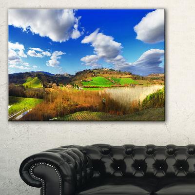 Designart Spectacular Toscana Panorama Canvas Art