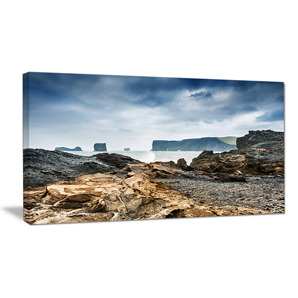 Designart Storm In Rocky Coast Of Atlantic Canvas Art