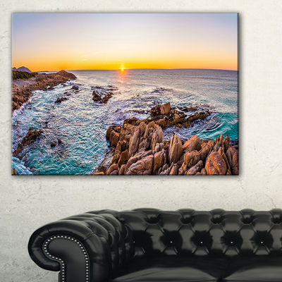 Designart Sunrise At Freycinet Np Beach Canvas Art