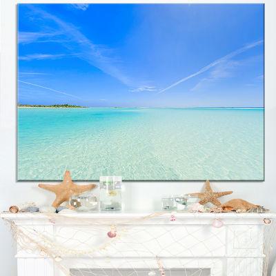 Designart Tropical Beach In Cayo Largo Island Canvas Art