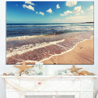 Designart Tropical Beach Island In Gili Canvas Art