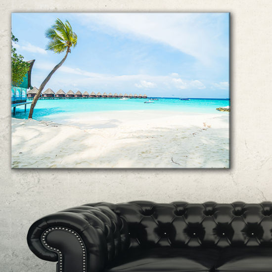 Designart Tropical Maldives Island Canvas Art