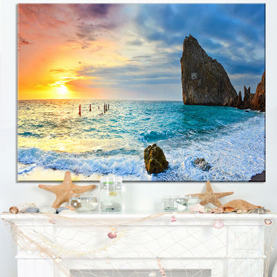 Designart Vibrant Morning Sea With Yellow Sun Canvas Art