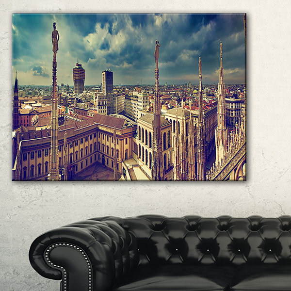 Designart View On Royal Palace Palazzo Realle Canvas Art